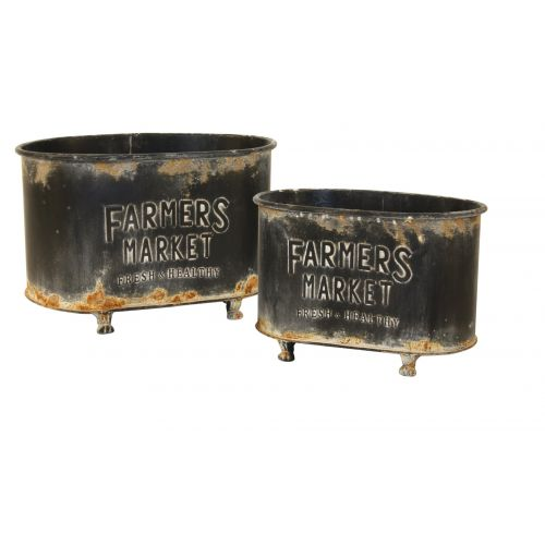 """These oval farm containers come in a set of 2 and each come in a different size (12.5""""x8""""x8.5"""" and 14""""x9""""x9.5"""")."""