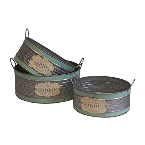 These rustic cylinder planters are available in a set of 3 with each size being different.