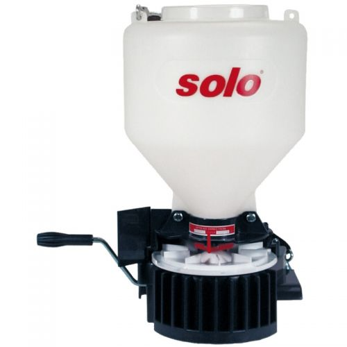 Solo 421 Portable Spreader. Holds up to 20 lbs. of spreading materials.