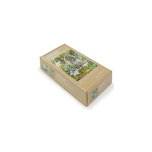 A complete kit for a beginner miniature gardener.