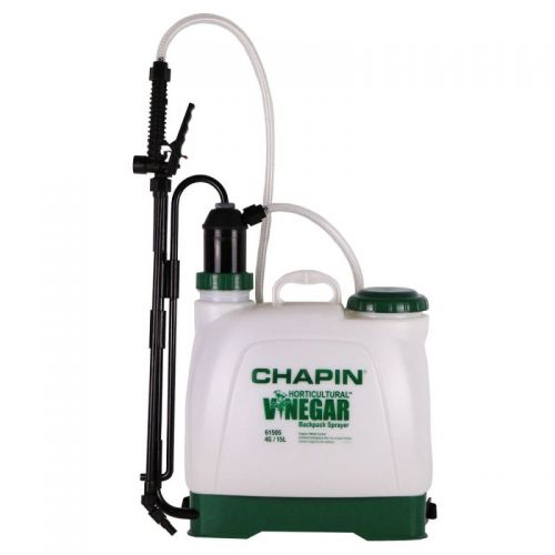 This backpack sprayer is equipped with vinegar-resistant seals that permit use with horticultural vinegar, allowing you to take a chemical-free approach to weed control.