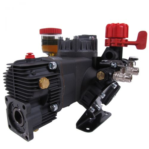 Model D403GRGI includes a gearbox and pressure regulator to better suit your pumping and spraying needs.