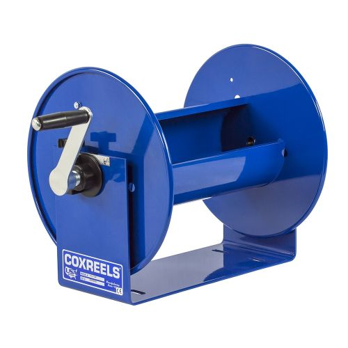The Coxreels 100 Series Hand Crank Hose Reels are extremely lightweight and compact. Crank handle on left side.